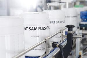 Universal Labelling Machine Series 02 Shemesh Automation