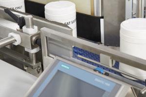 Universal Labelling Machine Series 10 Shemesh Automation